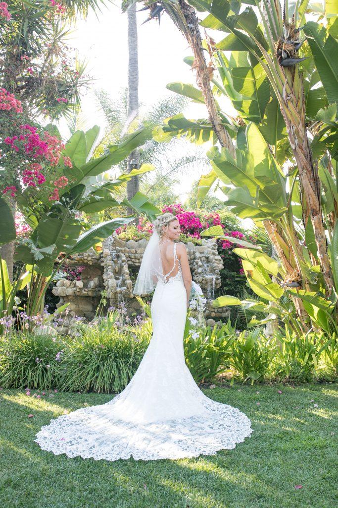 bride in Hawaii