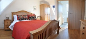 Ensuite bedroom in Tigh Roisin