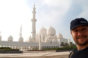 The Sheikh Zayed Grand Mosque in Abu Dhabi is So Much More Than Grand! 2