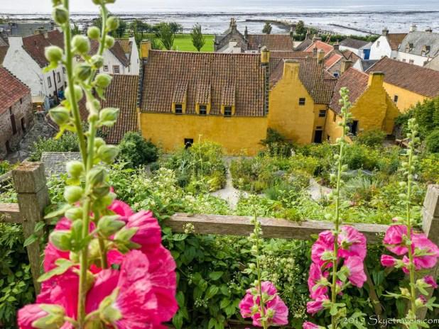 Culross Palace (Claire's Herb Garden)