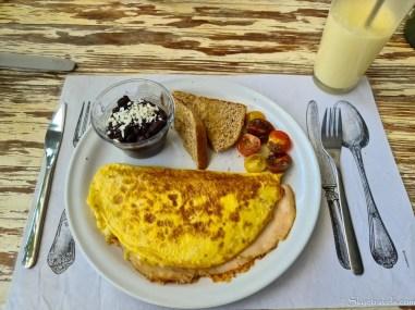 Omelet at Bodega Verde