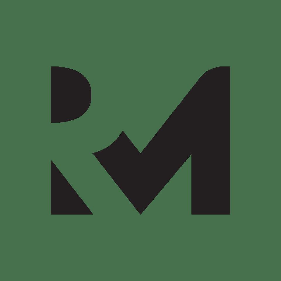 RenzlerMedia(Black)-02