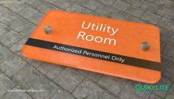 door_sign_6-25x11_acrylic_plastic_utility_room00002