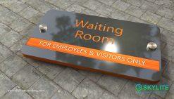 door_sign_6-25x11_metal_etching_waiting_room00002
