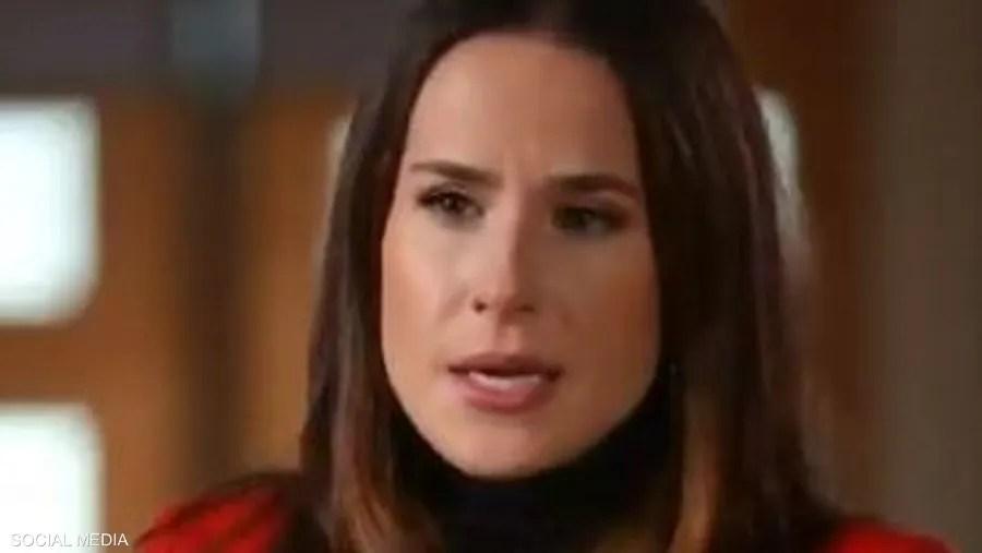 آشلي بايدن تتحدث خلال المقابلة التلفزيونية