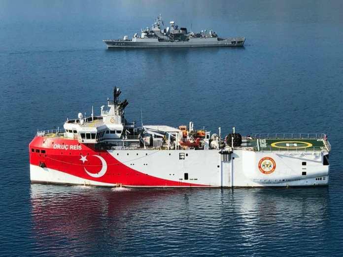 Έκτακτο: Στα 9 ν.μ. το τουρκικό ερευνητικό από το Καστελλόριζο!