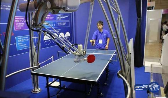 روبوت ياباني يهزم البشر في لعبة كرة الطاولة