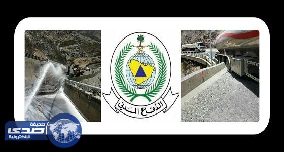 مدني عسير يباشر حادث تسرب وقود من ناقلة إثر اصطدامها بحاجز خرساني