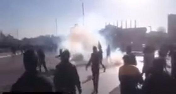 النظام الإيراني يستخدم المياه الساخنة والغازات المسلية للدموع لتفرقة المتظاهرين