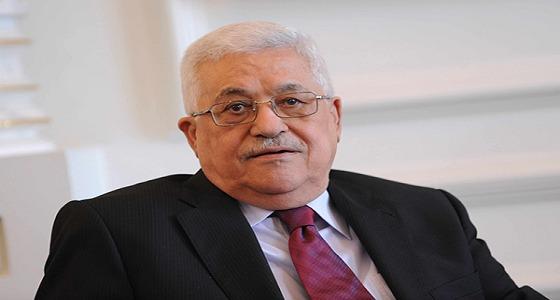 """"""" عباس """" يصل الرياض غدًا لبحث أزمة القدس"""