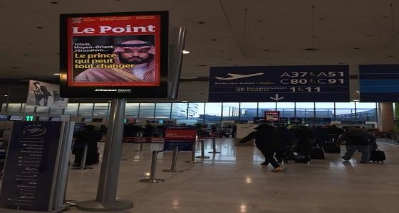 بالفيديو.. شاشات مطار باريس تتزين بصور سمو ولي العهد