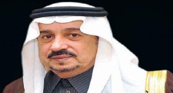 بالفيديو.. الأمير فيصل بن بندر يقدم العزاء للشيخ المطلق في وفاة أخيه