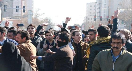 النظام الإيراني يعتقل أكثر من 3 آلاف متظاهر