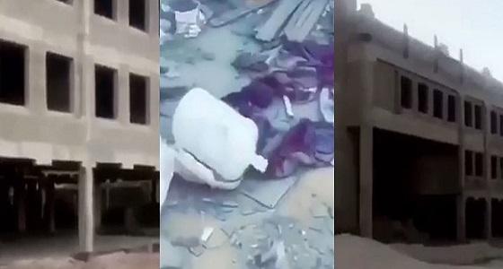 بالفيديو.. مدرسة مهجورة بالرياض تتحول لمأوى للمجهولين بعد توقف البناء من 7 سنوات