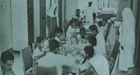 صورة نادرة لطلاب بمعهد الصم والبكم في الرياض