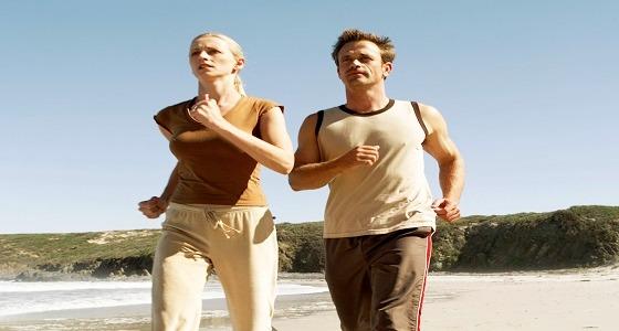 المشى يوميا لـ30 دقيقة يزيد من أفيونات السعادة بالمخ