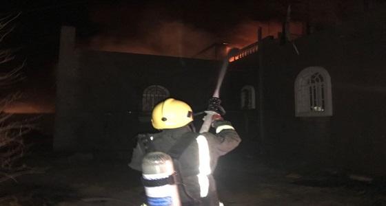 بالصور.. السيطرة على حريق منزل في غرب أبها