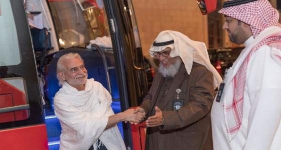 بالصور.. ضيوف خادم الحرمين يصلون مكة ويؤدون مناسك العمرة