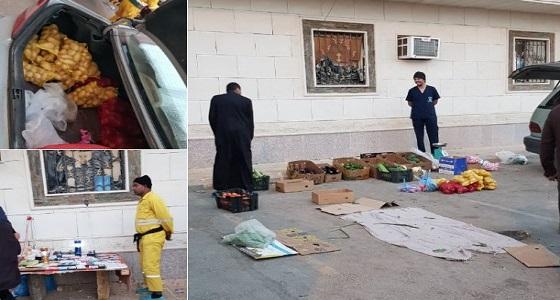 بالصور.. أمانة الرياض تشن حملة في حي السلي لتعقب الباعة المخالفين