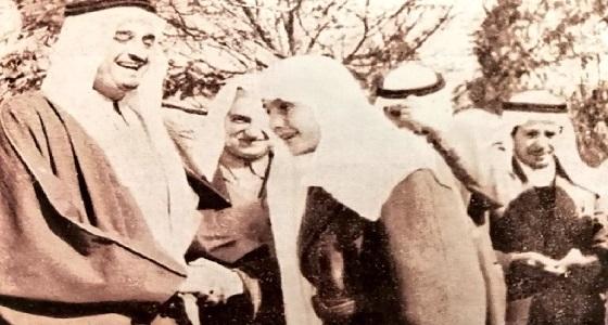 صورة نادرة للملك فهد وابنه الأمير فيصل قبل 60 عاما