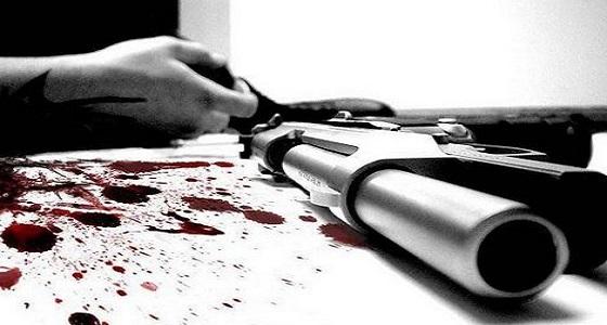 مصرع شاب بعد إطلاقه النار على نفسه