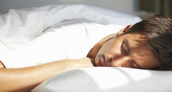 بالفيديو.. لمن يعاني من الأرق.. 4 خطوات للنوم في أقل من دقيقة