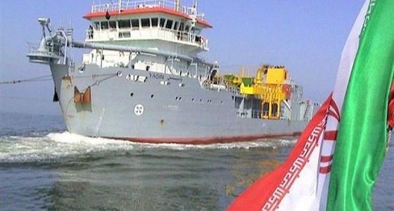 التحالف: سفينة إيرانية تراقب السفن العابرة من باب المندب
