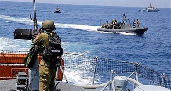 البحرية الإسرائيلية تعتقل صيادين فلسطينيين شمال قطاع غزة