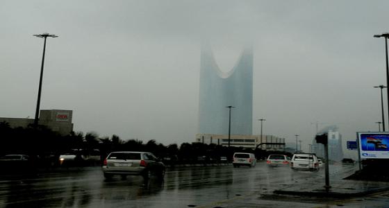 هطول أمطار خفيفة إلى متوسطة على الرياض