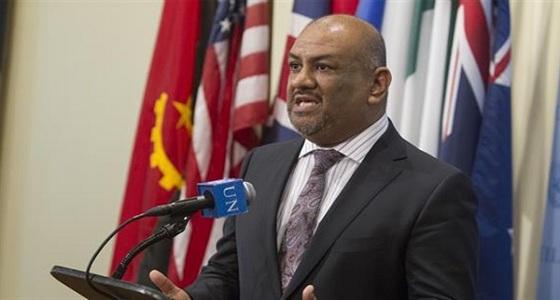 """"""" اليماني """" يؤكد أن مطار عدن سيكون الرئيسي باليمن"""