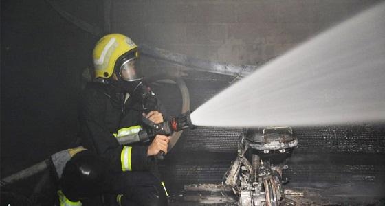 اندلاع حريق في مستودع منتجات اسفنج بالرياض