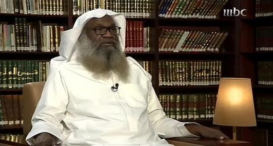 """بالفيديو .. الشيخ """" الكلباني """" يتراجع عن تكفير الشيعة ويرفض وصف الصحويين بالدعاه"""