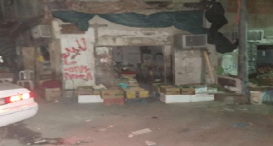 مصادرة طن ونصف من المواد الغذائية التالفة بأحد الأحياء العشوائية بالشوقية بمكة