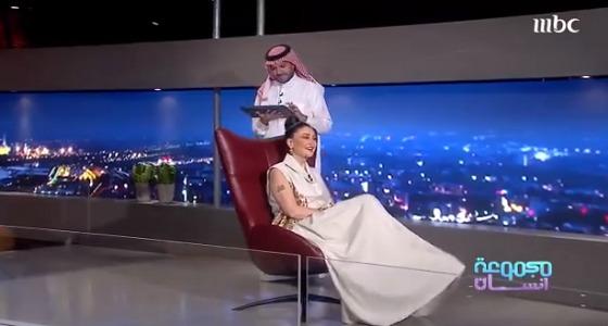 بالفيديو.. تعليق غادة عبدالرازق على تقديم قبلات ساخنة بأعمالها