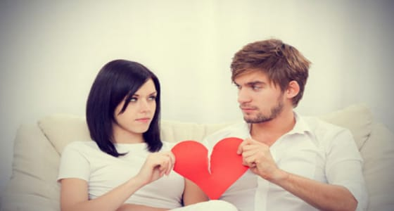 لعب المرأة دور الرجل يهدد حياتها الزوجية