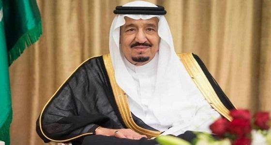 خادم الحرمين يتلقى برقيات استنكار من القيادة في الكويت إثر استهداف مطار أبها الدولي