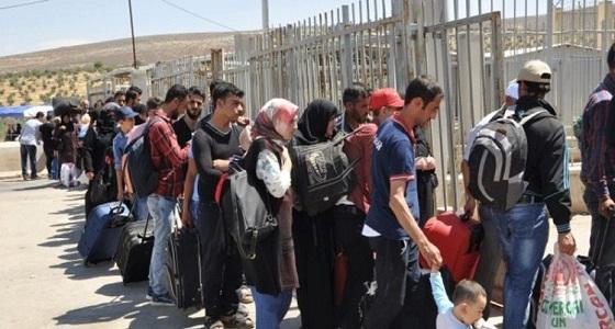 هربوا من الحرب إلى المجهول.. تركيا تطرد السوريين وتمهلهم شهراً