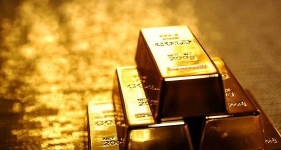 أسعار الذهب تفقد مكاسبها في ختام التعاملات الأمريكية