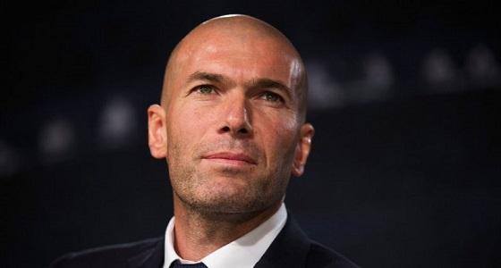 زيدان يفكر في الرحيل عن ريال مدريد