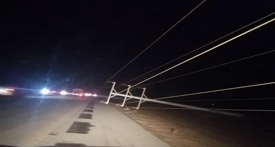 بالفيديو والصور.. عاصفة رملية تبقي جنوب الليث في ظلام دامس