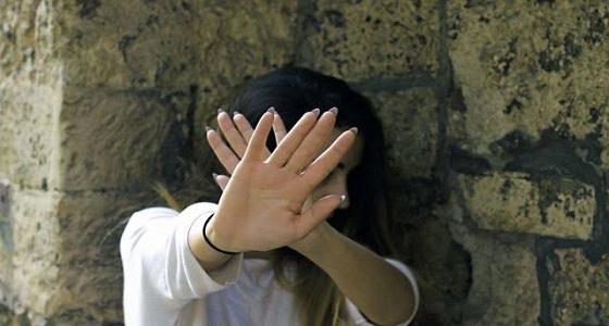 أخبرت أمها وأعمامها ولم يفعلوا شيئًا.. إعدام خمسيني اغتصب ابنته لـ 4 أشهر