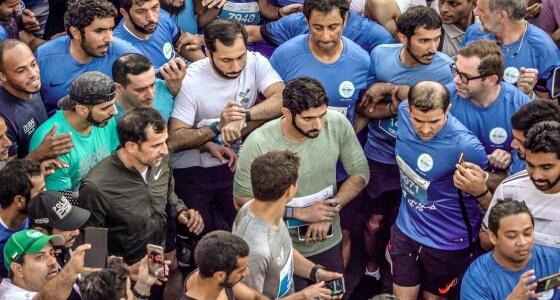 بالفيديو والصور.. فعالية تحدي دبي للجري تنطلق بمشاركة المئات