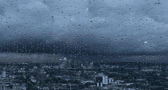 أمطار ورياح نشطة على مكة