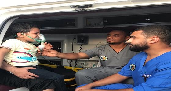 حرس الحدود ينقذ طفلاً تعرض لحالة اختناق بمنطقة عسير