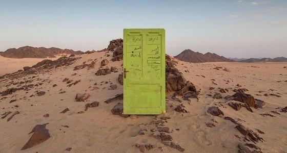 السر وراء الأبواب المتواجدة في صحراء قرية المندسة (صور)