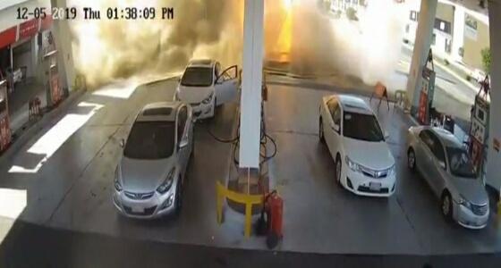 بالفيديو.. لحظة انفجار الخزان الأرضي بمحطة وقود الضيافة