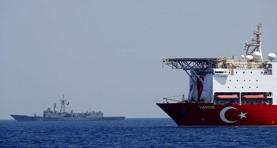 الجيش الليبي يتوعد بإغراق السفن التركية