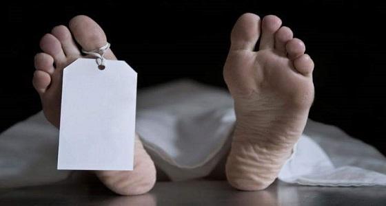 إعدام ربة منزل وعشيقها قطعا رأس زوجها ومارسا الرذيلة بجانب جثته