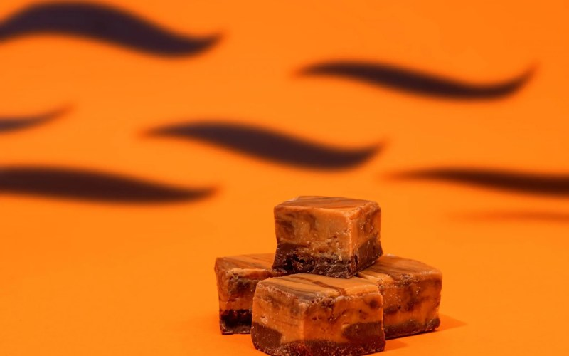 Slab Artisan Fudge - Tiger Butter