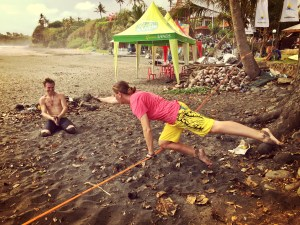 teaching russian slackline slacklining bali surf jam 2015 buddy thomas yoga slackers